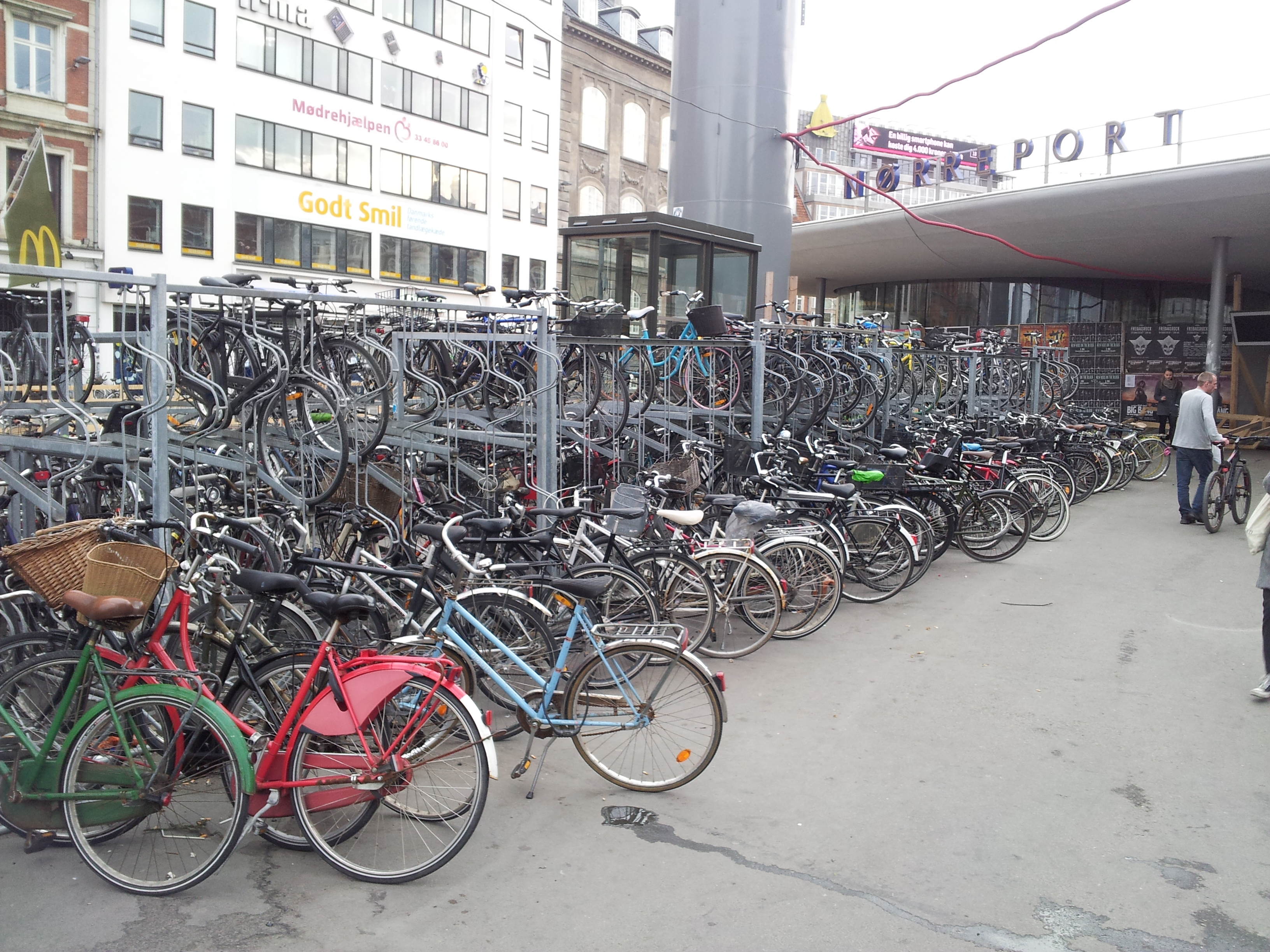 Norreport station bikes temporary parking area (21 April 2014)
